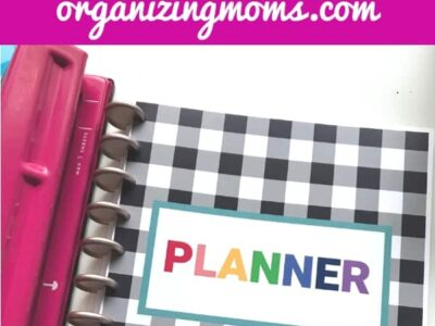 Free printable planner cover organizingmoms.com. Close up image of free printable planner cover.