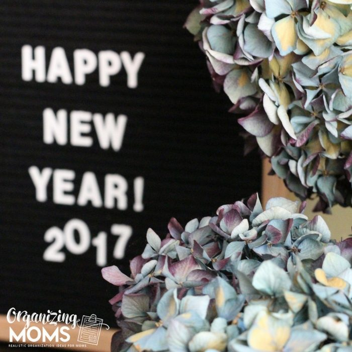 Happy New Year 2017 from Organizing Moms!