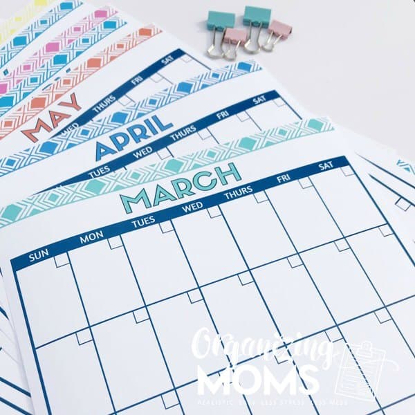 12 monthly calendar printables for free personal use.