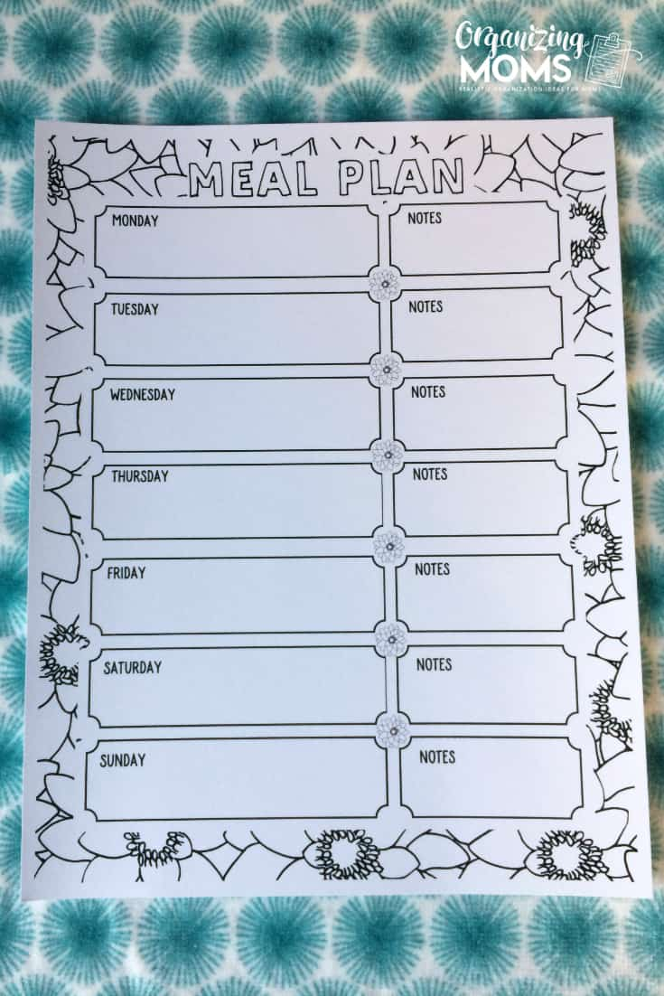 Show off your creativity with this coloring book-style meal plan sheet! Makes meal planning a lot more fun!
