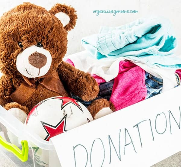 donating decluttered items