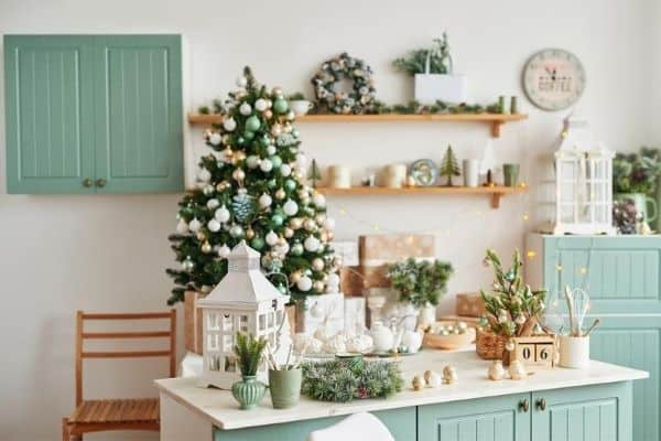 what to declutter before christmas